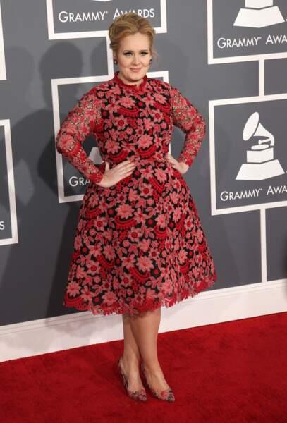 Adele mettait en valeurs ses formes aux Grammy Awards en février 2013
