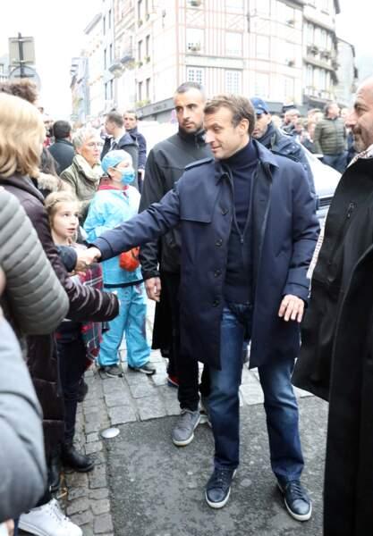 Les habitants d'Honfleur se sont déplacés pour rencontrer Emmanuel Macon