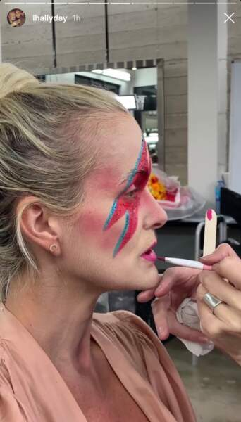 Laeticia Hallyday : un incroyable maquillage pour Halloween 2019