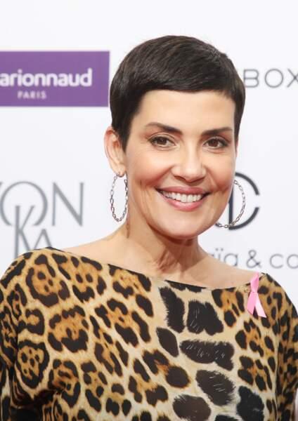 La pixie façon Jean Seberg est devenue la signature de Cristina Cordula