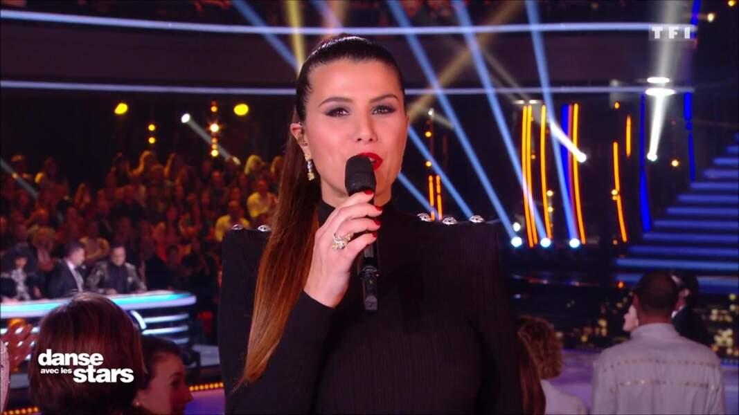 Pour l'émission de Danse avec les stars du samedi 2 novembre, Karine Ferri a choisi une tenue qui n'a pas laissé les internautes indifférents