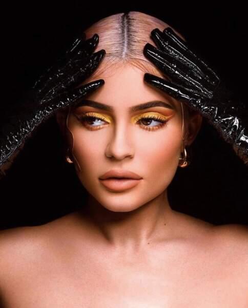 Presque 5 ans que Kylie Jenner a lancé sa marque make-up et le succès ne faiblit pas