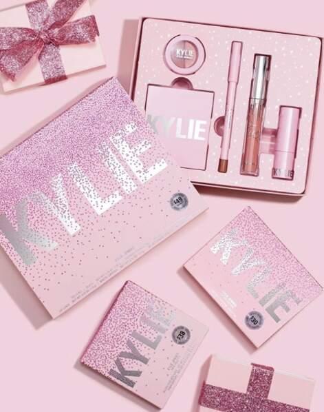 Si jusqu'à présent Kylie Cosmetics se limitait au maquillage, on annonce l'arrivée imminente de soins visage
