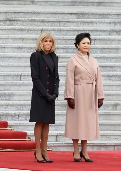 Un blond doré pour Brigitte Macron