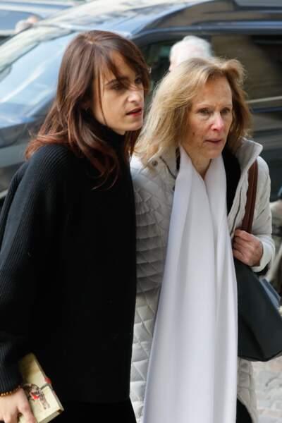 Thaïs Alessandrin aux obsèques de Marie Laforêt en l'église Saint-Eustache à Paris, le 7 novembre 2019.