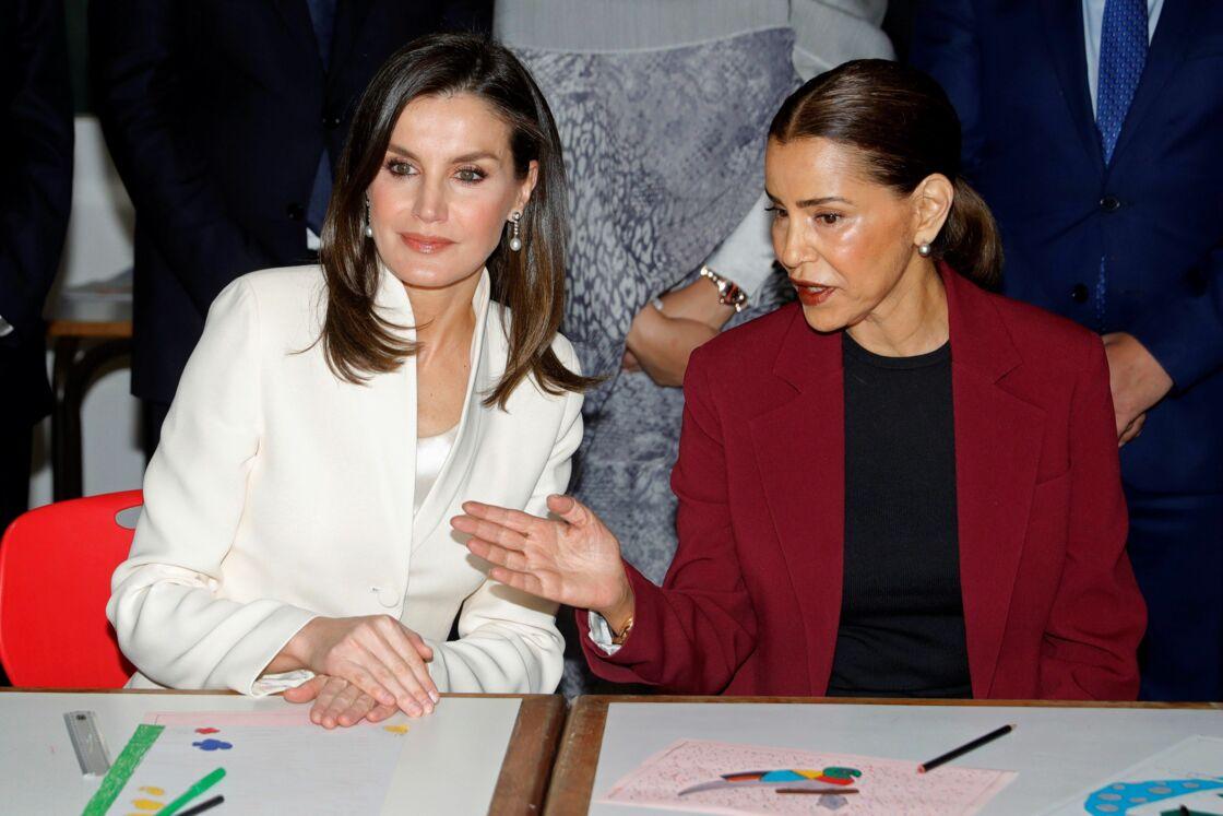 Letizia d'Espagne et Lalla Meryem visitant une école de Rabat, le 14 février 2018.