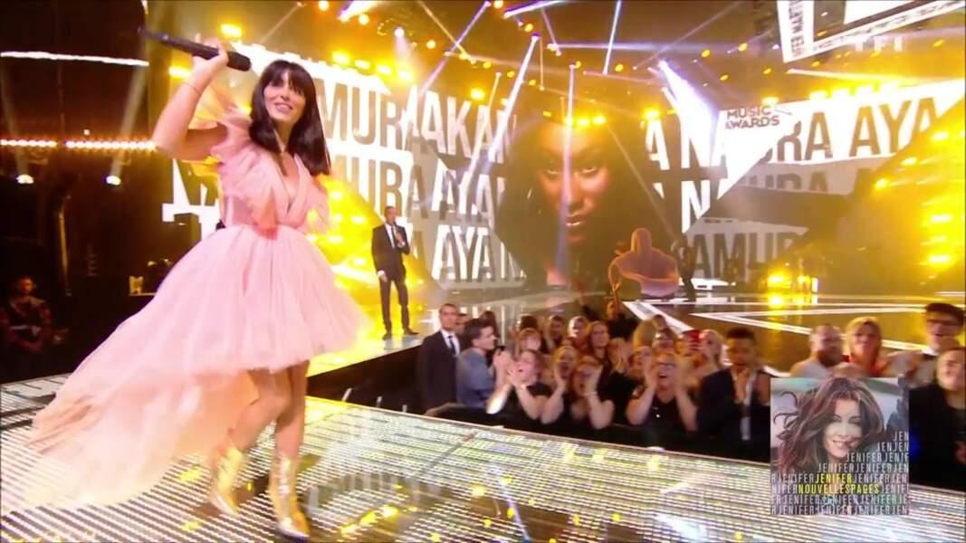 Jenifer salue le public des NRJ Music Awards
