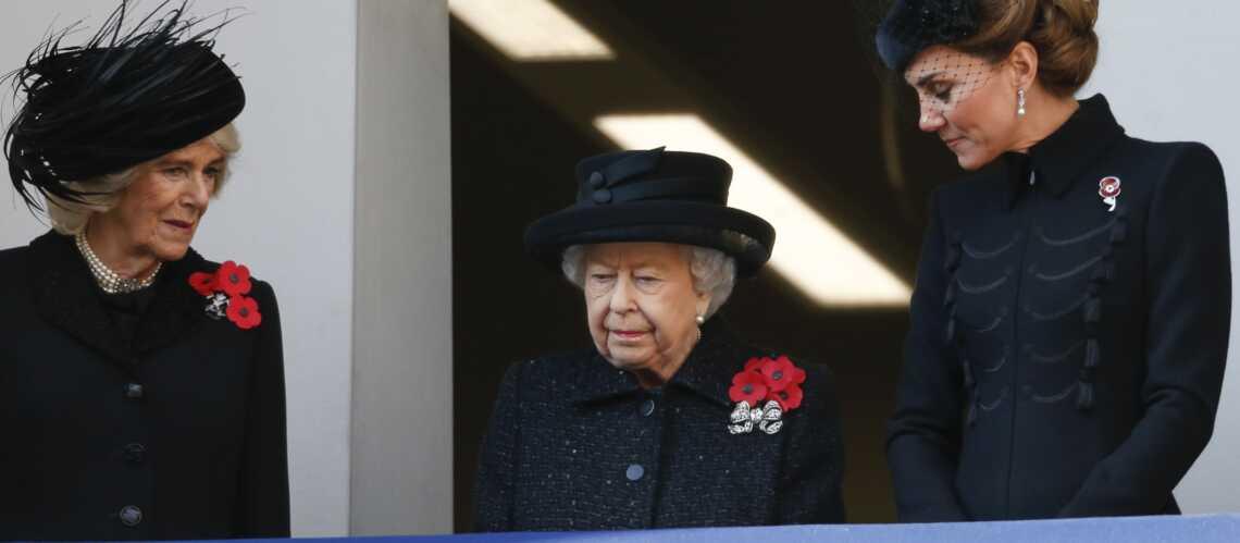 En l'absence du prince Philip, Kate Middleton prend du galon auprès de la reine
