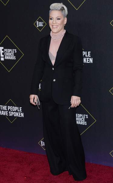 Pink très élégante lors des People's Choice Awards