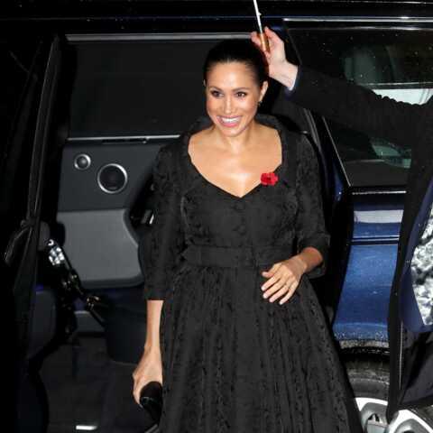 PHOTOS – Meghan Markle en robe noire Erdem, son clin d'œil à Kate Middleton