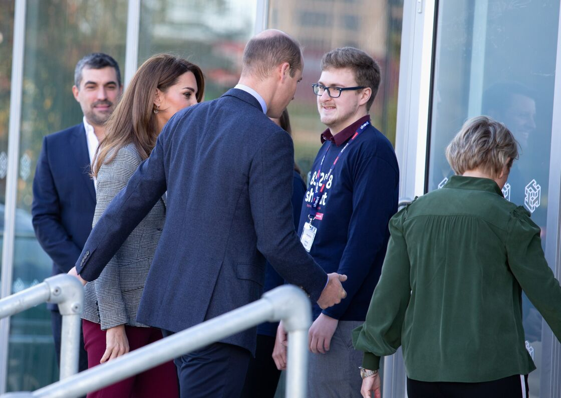 Kate Middleton et le prince William arrivent au siège de l'association Shout, à Londres, le 12 novembre 2019.