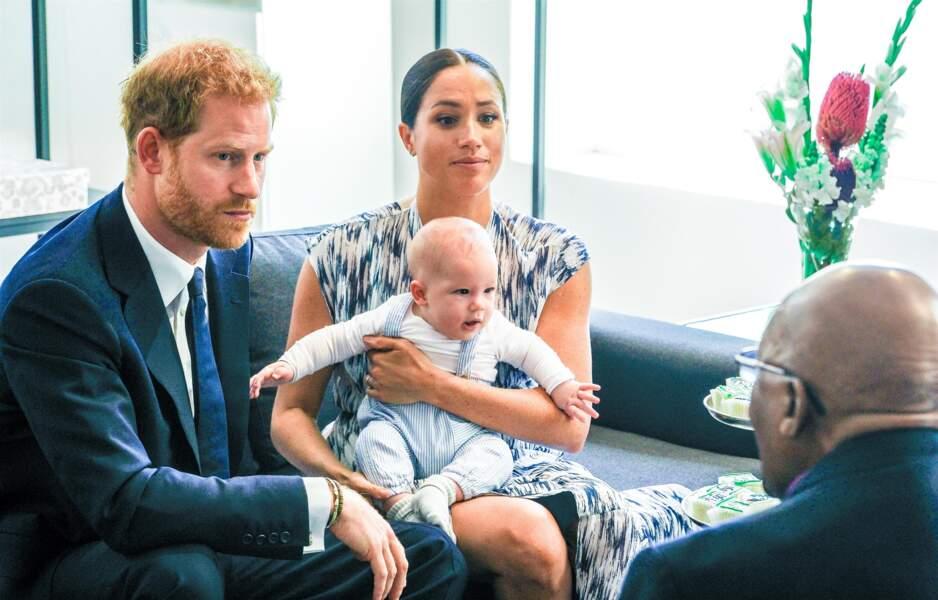 Le prince Harry très chic avec Archie et Meghan Markle en Afrique du Sud
