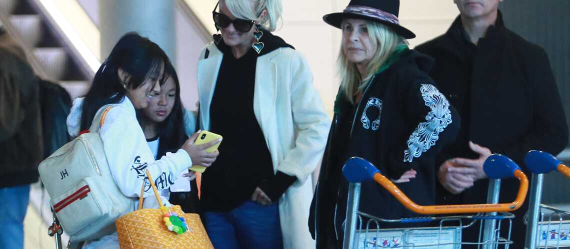 PHOTOS – Jade Hallyday accro aux sacs de luxe : découvrez leur prix!