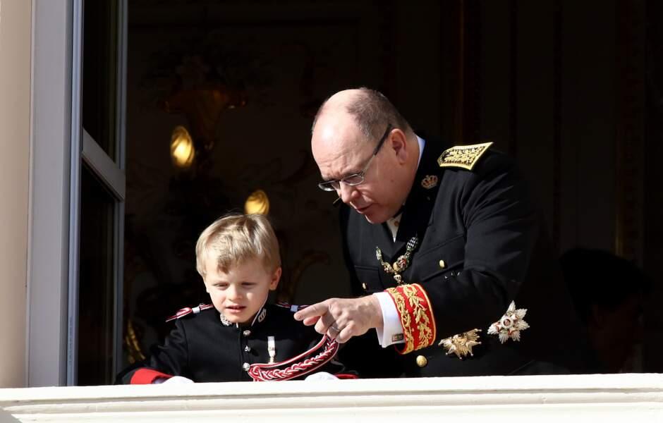Joli moment père-fils entre Albert II de Monaco et Jacques