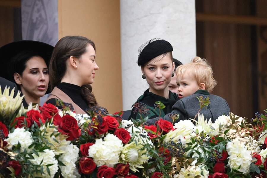 Francesco Casiraghi boude face à sa tante Alexandra de Hanovre lors de la Fête nationale monégasque ce 19 novembre