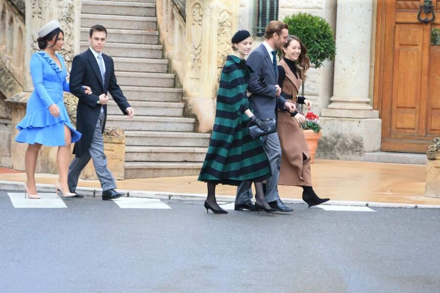 La joyeuse bande se suit de près, pour se rendre à la cathédrale de Monaco pour célébrer la Fête nationale