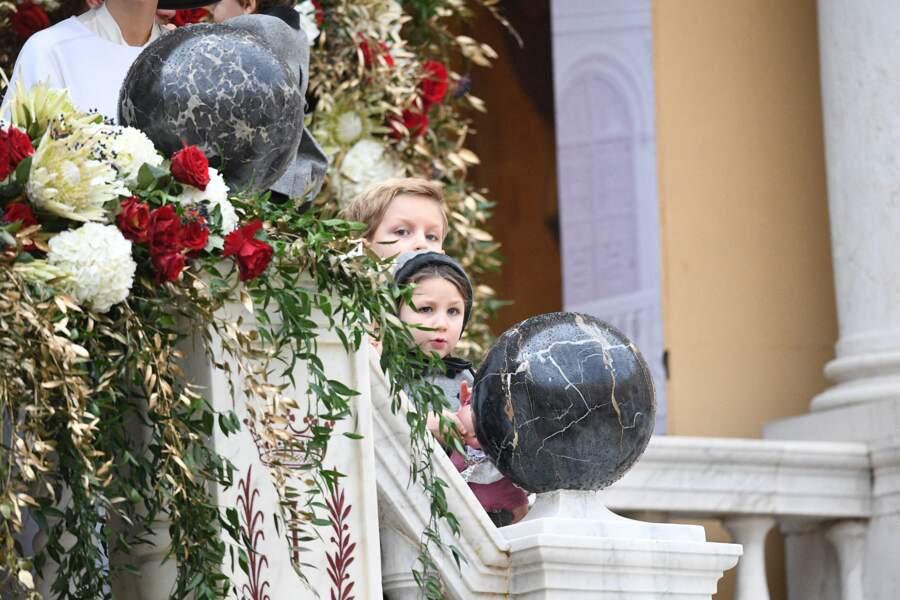 Sacha et India, les aînés d'Andrea Casiraghi dévoilent leur adorable bouille sur le balcon du palais princier