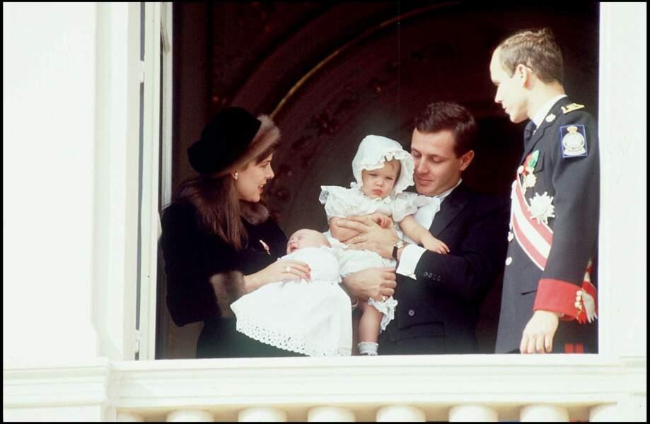 1987 : Stefano Casiraghi et leurs enfants Pierre et Charlotte Casiraghi à la fête Nationale de Monaco.