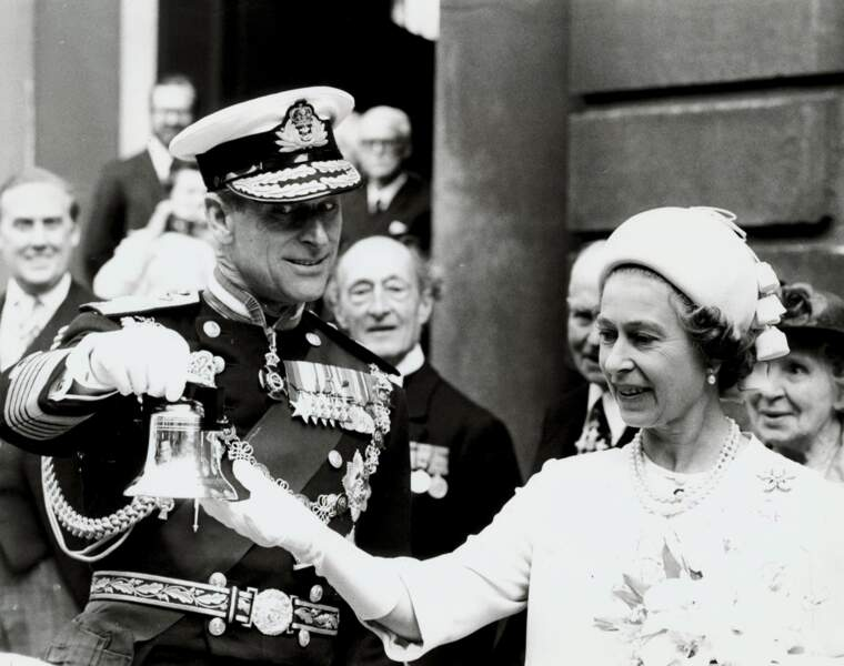 1977 : La Reine Elizabeth et le prince Philip étaient à Bow Churchyard en juin 1977.