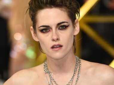 PHOTOS - Kristen Stewart en robe bustier et coupe courte rock'n roll