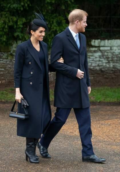 Meghan Markle est la première à craquer pour cette paire de bottes hautes signées Victoria Beckham.