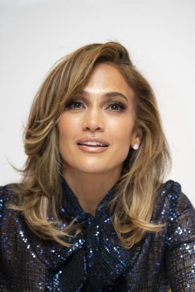 Le balayage blond froid de Jennifer Lopez