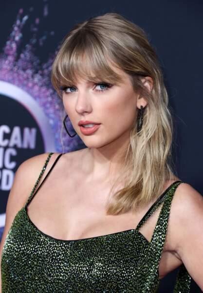 Le blond foncé de Taylor Swift