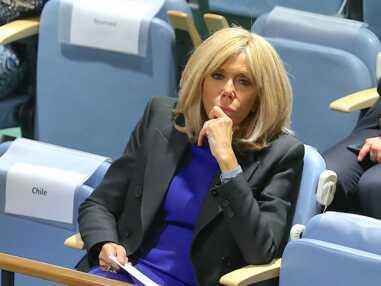 50 nuances de gris version Brigitte Macron.