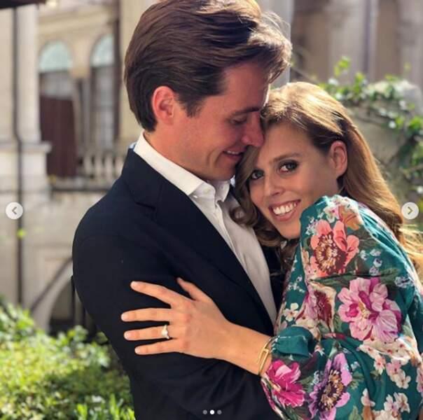 Beatrice d'York et son fiancé Edoardo Mapelli Mozzi, ont partagé les photos de leur future union sur Instagram. Les photos sont prises par sa sœur, Eugenie d'York et le mariage est annoncé pour mars 2020.