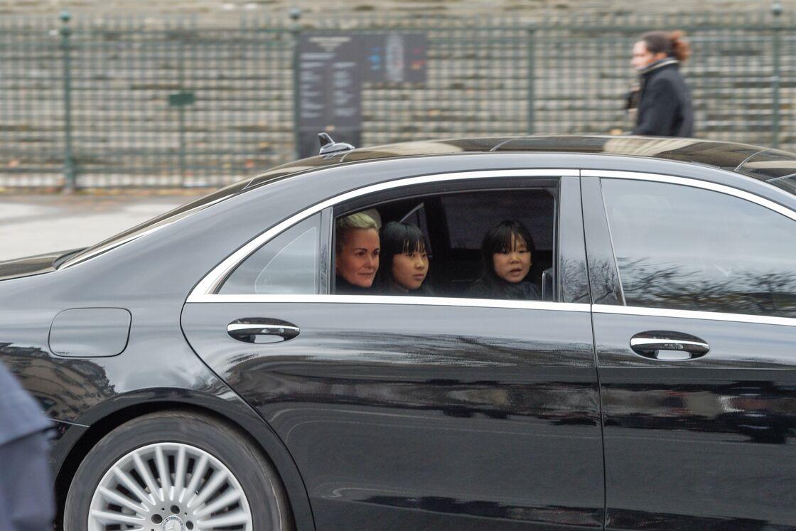 Laeticia Hallyday et ses filles le jour de l'enterrement de Johnny Hallyday à la Madeleine