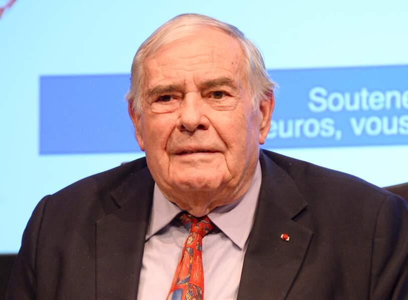 Julien Lauprêtre, président du Secours populaire français, est mort le 26 avril à l'âge de 93 ans.
