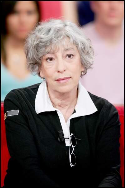 """Anémone, emblématique interprète de Thérèse dans le film """"Le Père Noël est une ordure"""" s'est éteinte le 30 avril à 68 ans."""