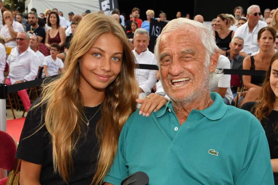 Jean-Paul Belmondo et sa fille cadette, Stella Belmondo, 16 ans. Elle sera habillée par Chanel et participera au bal des débutantes prévu le 30 novembre 2019 à Paris avec son célèbre papa.