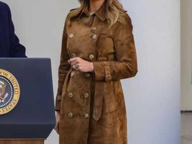 PHOTOS - Melania Trump : découvrez le prix de son sublime manteau en daim