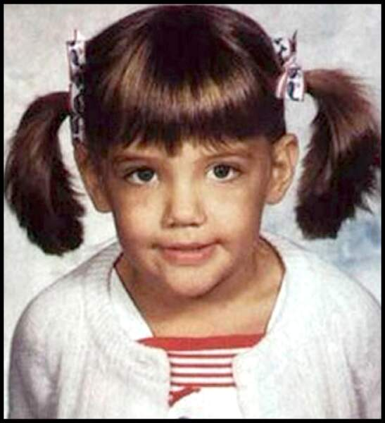Katie Holmes, enfants. Révélée par la série Dawson dans les années 90's, la jeune fille était adolescente. Elle jouait Joey Potter.