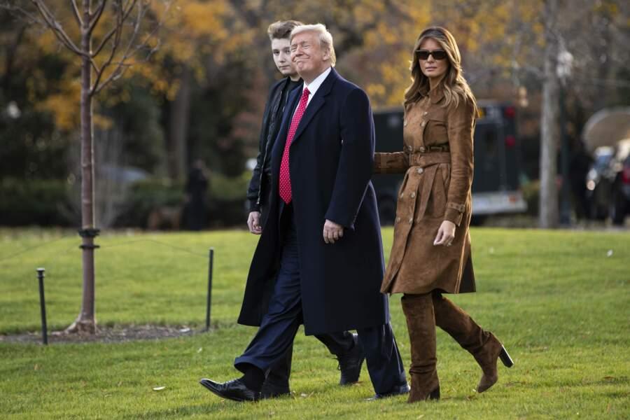 Donald et Melania Trump se sont rendus dans leur demeure de Mar-a-Lago où ils se rendent régulièrement pendant les weekends