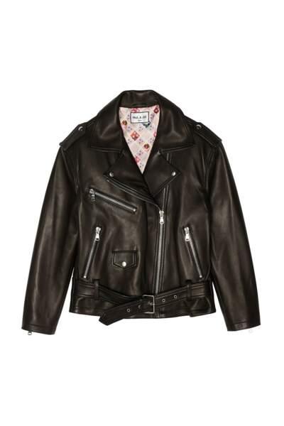 La veste façon perfecto en cuir noir avec une doublure matelassée, Paul & Joe, 1.800€.