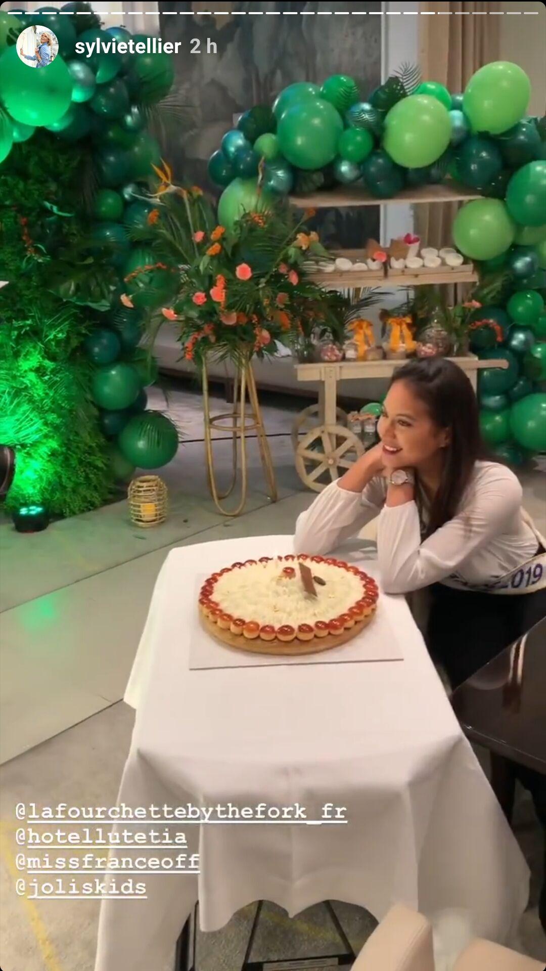 Vaimalama Chaves, ce mardi 3 décembre, à l'occasion de son anniversaire surprise Lutetia, un somptueux hôtel parisien.