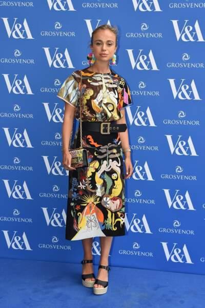 Amelia Windsor sublime dans une robe arty pour assister à la soirée Frida Kahlo V&A Private Preview au Musée Victoria & Albert, à Londres, le 13 juin 2018.