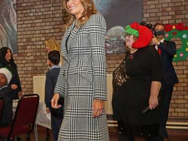 PHOTOS - Melania Trump élégante dans un manteau tendance en pied-de-poule signé Alexander McQueen