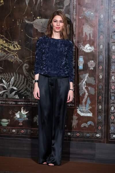 Sofia Coppola très élégante a recréé l'appartement de Coco Chanel au Grand Palais pour ce défilé des Métiers d'Art 2019/2020.