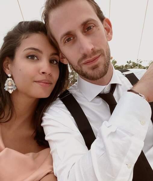 Chloé Mortaud, Miss France 2009. Il y a peu, la jolie miss a présenté sur son compte instagram son compagnon dont on ne connaît pas encore le nom.