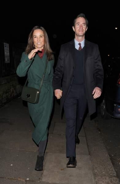 Avec son mari, Pippa Middleton était ravissante