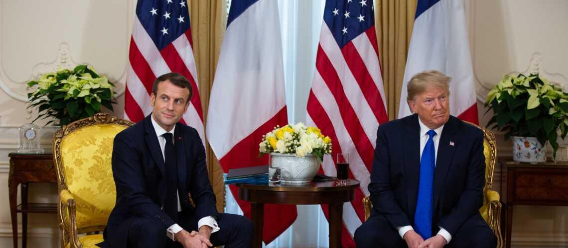 Emmanuel Macron rattrapé par ses commentaires moqueurs sur Donald Trump : il peine à prôner l'apaisement