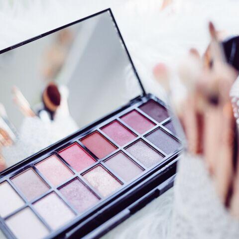 PHOTOS – Les 25 plus belles palettes de maquillage à offrir à Noël