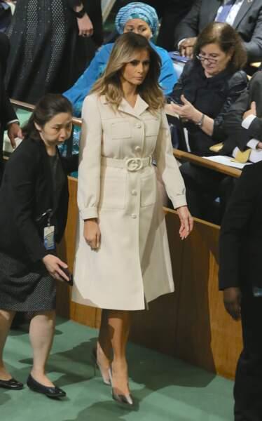 Melania Trump très chic dans un trench ceinturé crème Gucci à l'occasion de la 74ème Assemblée générale de l'Organisation des Nations Unies à New York, le 24 septembre 2019.
