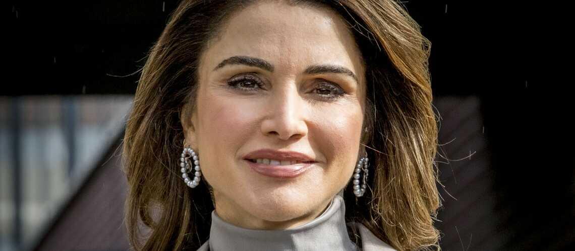 PHOTOS – Rania de Jordanie sublime dans un ensemble rétro Zara à moins de 70 €