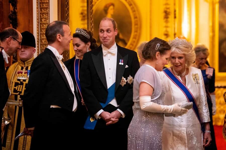 Au côté de son époux, le prince William, Kate Middleton et lui formaient un couple très glamour pour cette soirée donnée à Buckingham Palace.