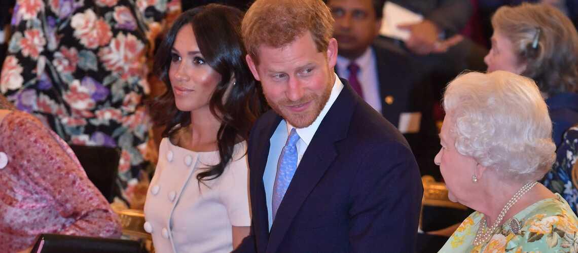 Elizabeth II aux petits soins pour le prince Harry : « Elle ferait n'importe quoi pour lui »