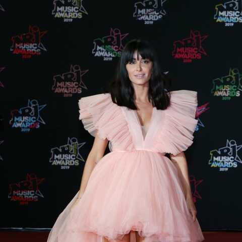 PHOTO – Jenifer fait sensation dans une robe bustier transparente à 525 €